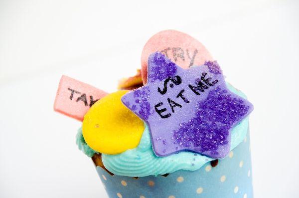 Alice in Wonderland Cupcakes -600wi