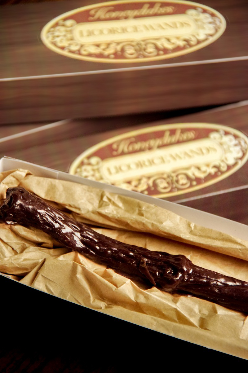 harrypotter_honeydukes_licorice_wand-4