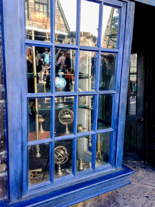 Wiseacre's Wizarding Equipment Window at The Wizarding World of Harry Potter via BrytonTaylor.com
