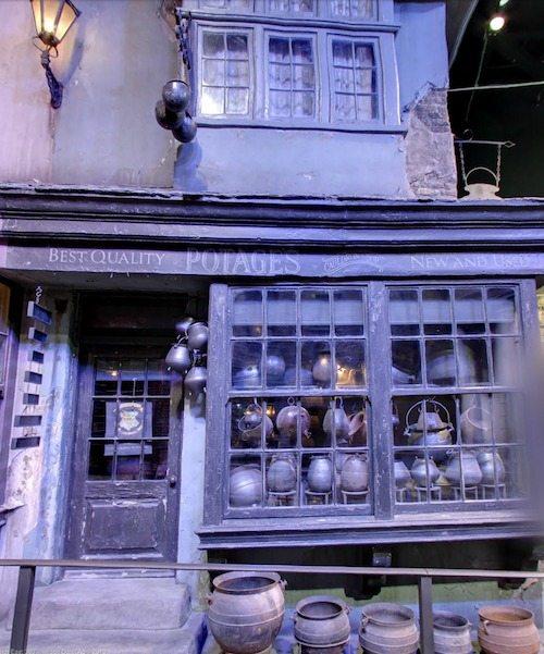 Diagon Alley Potages Cauldrons