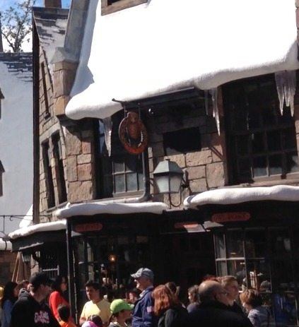 Owl Post at The Wizarding Worlld of Harry Potter via BrytonTaylor.com