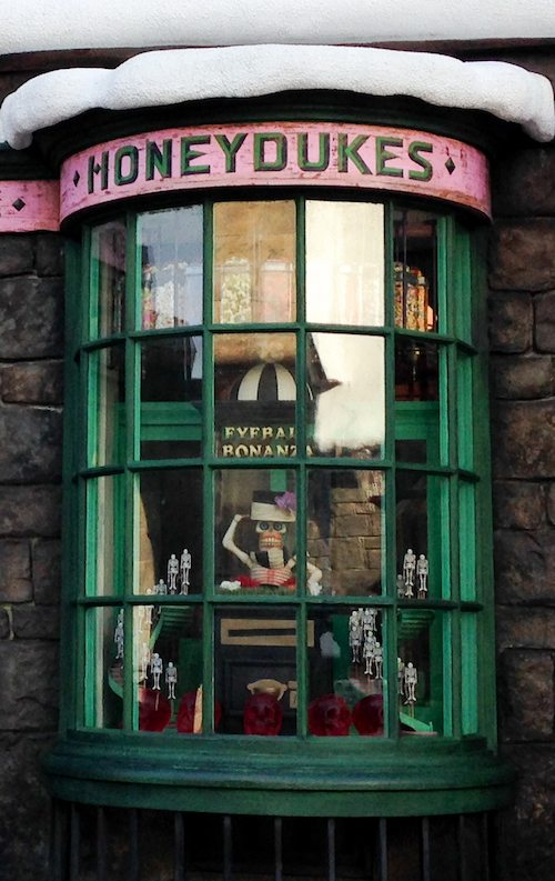 Eyeball Bonanza at Honeydukes at Wizarding World of Harry Potter via BrytonTaylor.com
