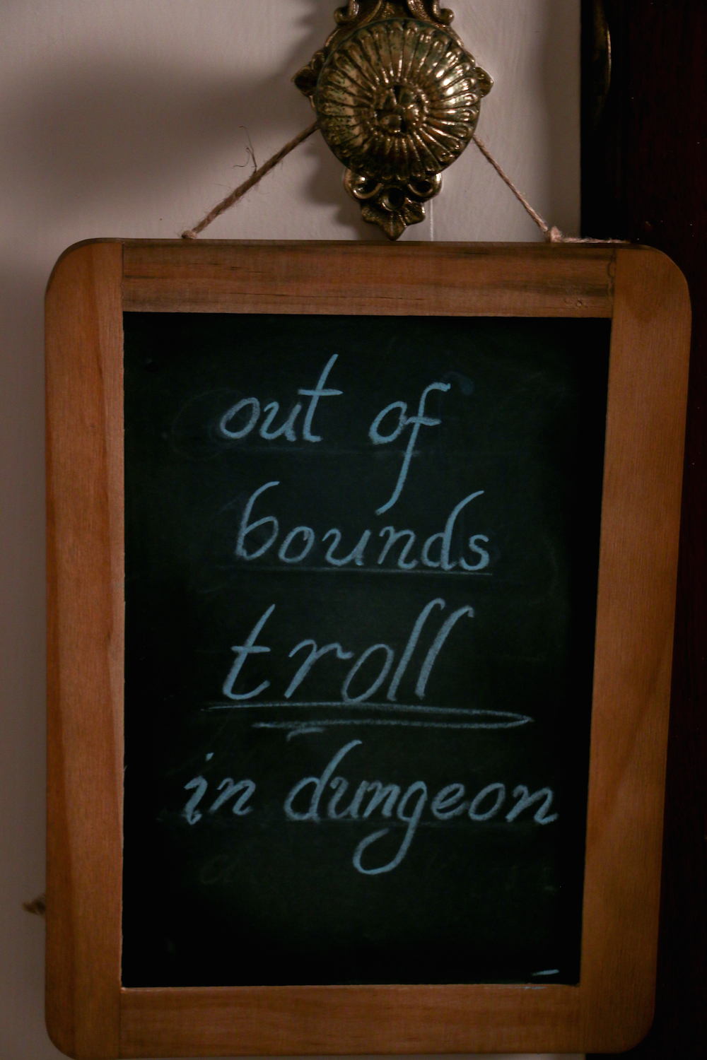 harry potter hogwarts dinner party- troll in dungeon sign