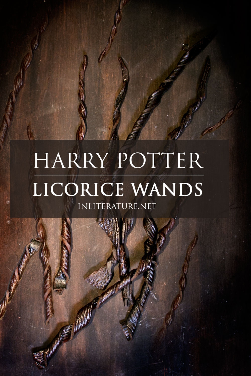 Make these super quick and easy licorice wands from Harry Potter using just one ingredient. Perfect for the non cook or those throwing a Harry Potter party!